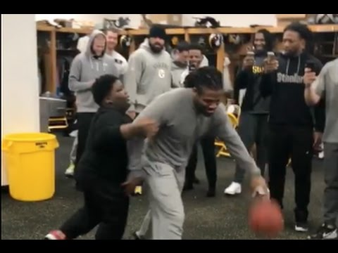 Lil Terio Entertaining the Pittsburgh Steelers In Locker Room