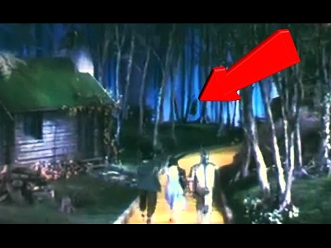 midget hanging himself in wizard of oz