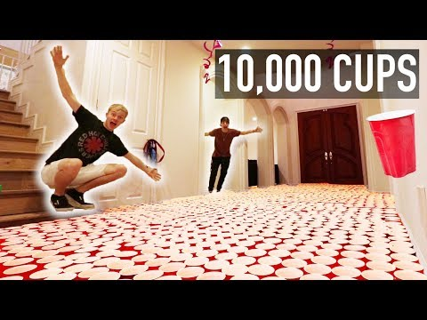 INSANE CUP PRANK ON ROOMMATES   (10,000 RED CUPS)