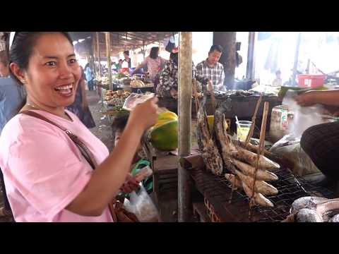 amazing-street-food-stalls/massive-street-food-at-odong-mountain,-tourist-destination-in-cambodia