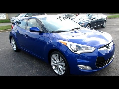 2013 Hyundai Veloster DCT Walkaround, Start up, Tour and Overview