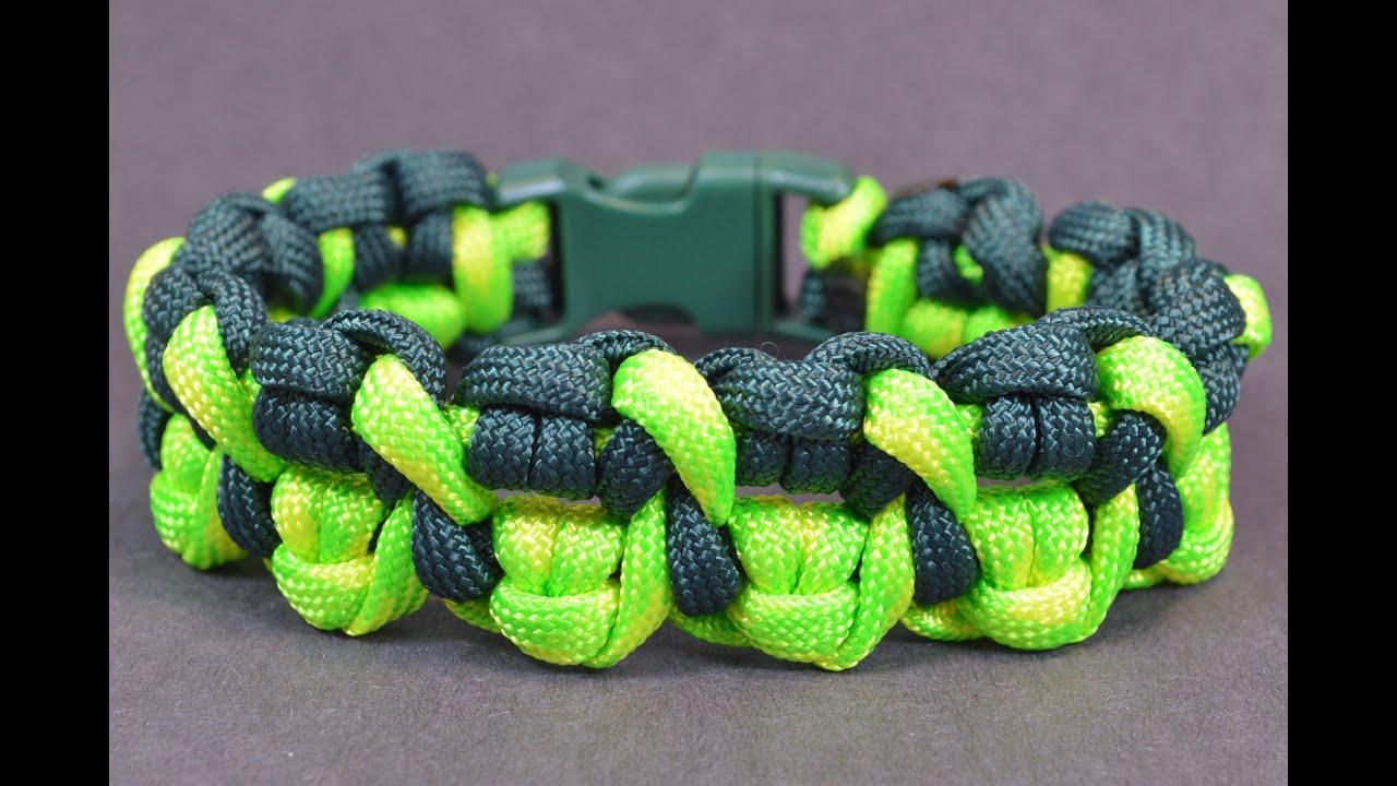 Make The Quot Crossed Claws Quot Paracord Survival Bracelet