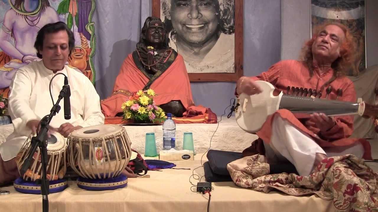 Aashish Khan & Swapan Chaudhuri: Classical Indian Music