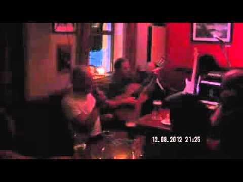 traditional irish song  luke kellys brother singing in Inis Mor