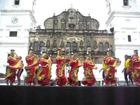 Panama Fire Folk Dance @ Casco Viejo Cathedral Square