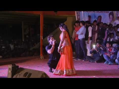 Khesari Lal Pyar Mei Tohra Pitail Bani Ghar Se Song Pe  Pade Nice Stage Show HD