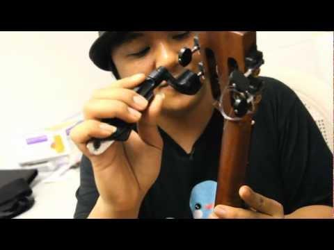 Pro Winder (by Planet Waves) Ukulele & Guitar String Winder