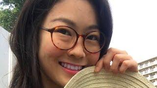 Японка Марико практикует русский.…
