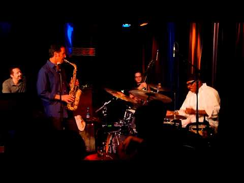 DIG DEEP INNER GROOVE - Eric Marienthals Improvisation (V)