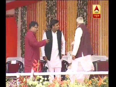 Akhilesh Yadav, Devendra Fadnavis; know who all attended UP