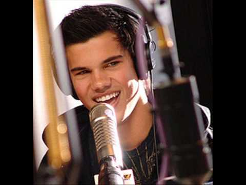 Taylor Lautner - Angels On the Moon - Thriving Ivory