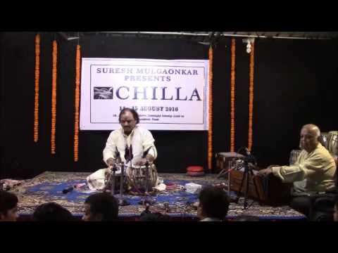 Pt Arvind Kumar Azad plays teentaal at CHILLA 2016,Nandu Foujdar played Lehra.