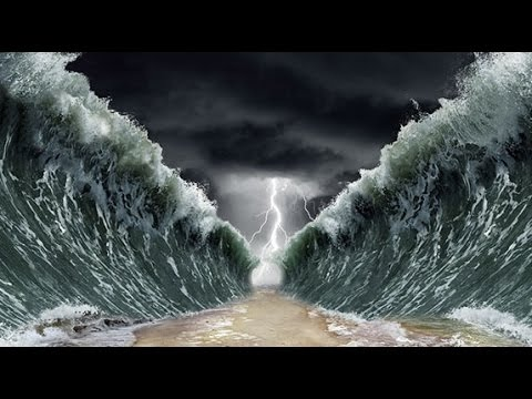 The Ten Commandments Pictures | Getty Images |The Red Sea Crossing Heston