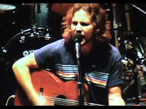 Pearl Jam  Better Man Bridge School 06 HD