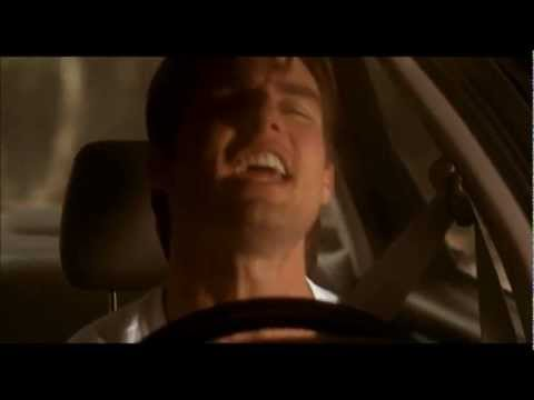 Tom Cruise singing (Jerry Maguire, 1996)