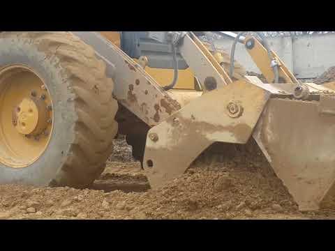 29 марта 2018 г.работа экскаватора-погрузчика Caterpillar 444E