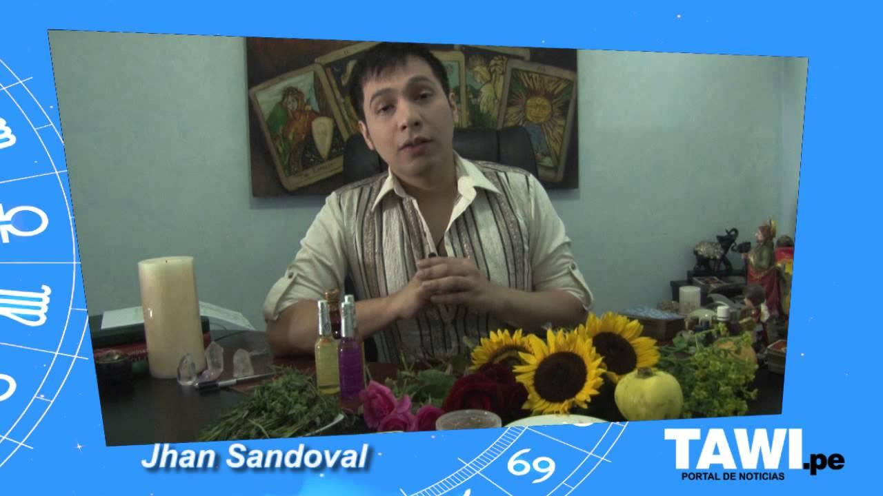 Baño Florecimiento Ano Nuevo:Jhan Sandoval y su baño de florecimiento especial para recibir con