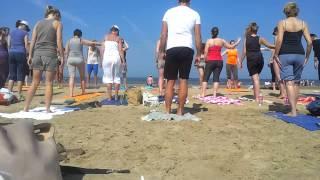 Yoga aan Zee bij Rapa Nui - zomer 2013 - deel 2: