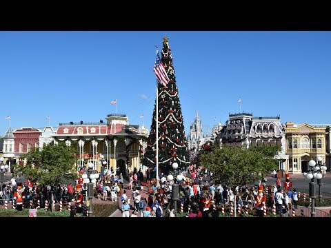 Magic Kingdom Christmas Decorations 2017 at Walt Disney World - Main Street, Town Square and More