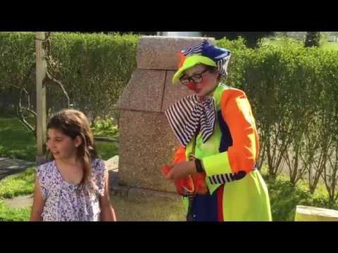Lustiger Clown Für Den Lustigsten Kindergeburtstag Oder Firmenevent