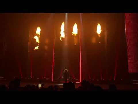 Janet Jackson - I GET LONELY (LIVE METAMORPHOSIS LAS VEGAS)