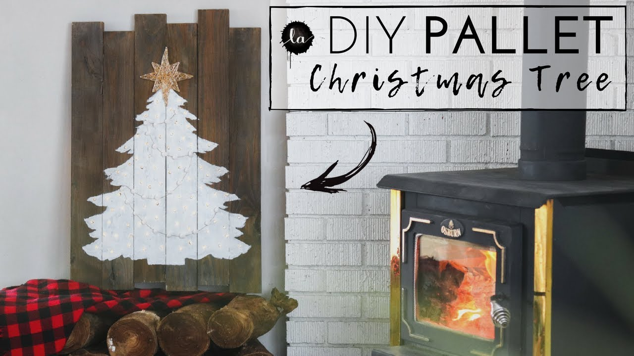 light up christmas tree art diy using a pallet mantel art