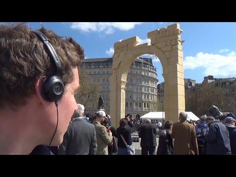 A Strange Arch in Trafalgar Square