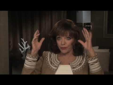 Joan Collins on being cast as Alexis on Dynasty - EMMYTVLEGENDS.ORG