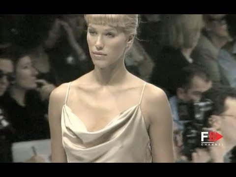 MAX MARA Fall 1994/1995 Paris - Fashion Channel