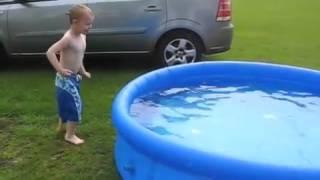 القفز فى حمام سباحه بارد !!