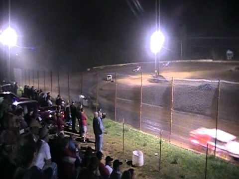 USMTS West Siloam Speedway A- Main   4-30-11