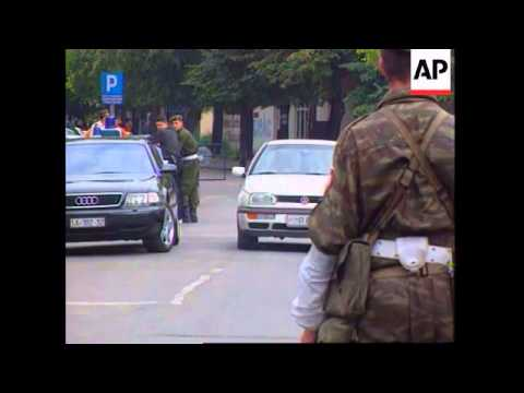Bosnia - Army generals fail to turn up to meeting