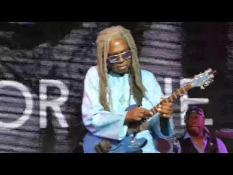 Blackbyrd McKnight guitar solo - Miles Electric Band at Bluesfest 2017