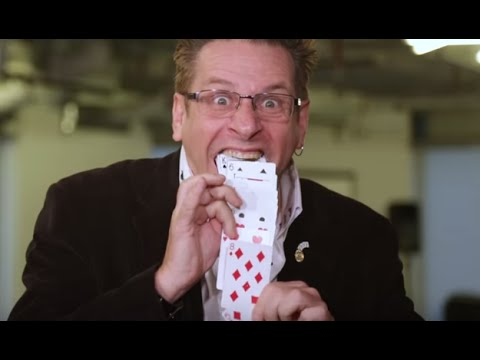 World Champion Magician Shawn Farquhar Teaches Us A Simple Card Trick