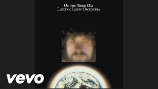 Watch Electric Light Orchestra Dreaming Of 4000 video