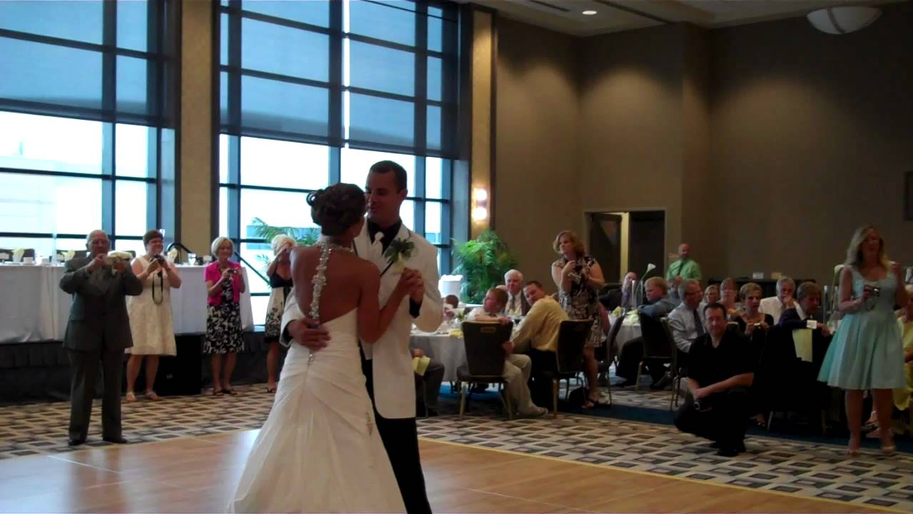 Bride Song To Groom: Bridal Party Entrance And Bride And Groom First Dance