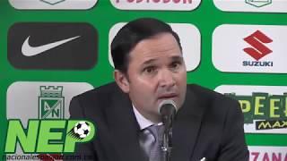 Andrés Botero P y Victor Marulanda presentando al nuevo DT Juan Manuel Lillo