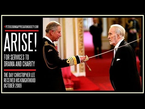 CHRISTOPHER LEE IS KNIGHTED 2009