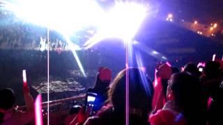 121129 - Music core Vietnam - The boys fanchant - Pink ocean and Pink balloons - Vsones daebak