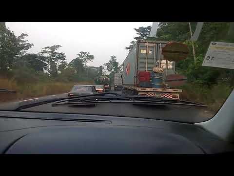 Conduite dangereuse sur la route Yaoundé-Douala
