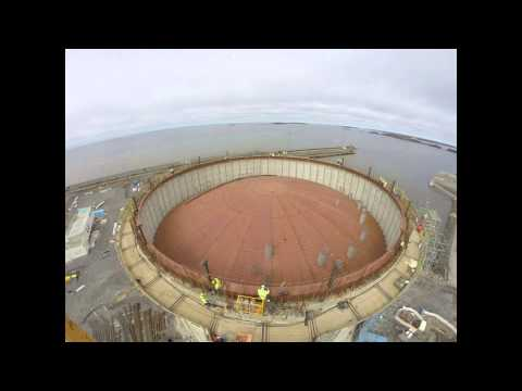 Suspended deck lifting GNL Tanks - Pori, Finland