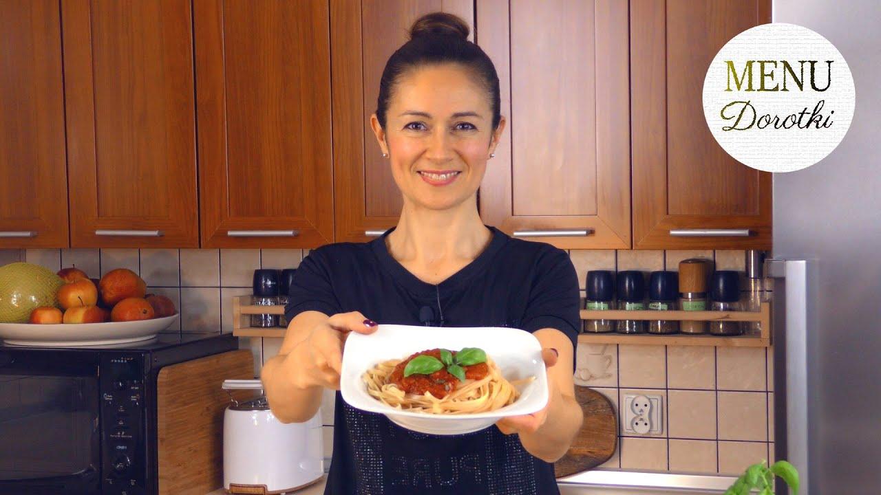 Najszybszy na świecie aromatyczny sos do makaronu. Pomysł na ciepły obiad w 10 minut. MENU Dorotki.