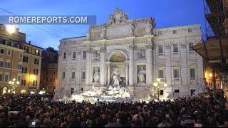 La famosa Fontana di Trevi recupera su esplendor