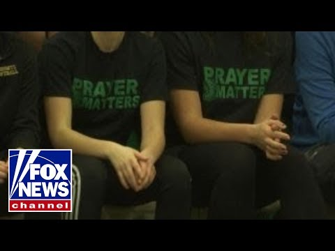 Prayer banned from games at Ohio school