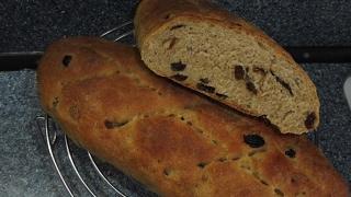 Снимаем стресс на кухне. Хлеб с изюмом.