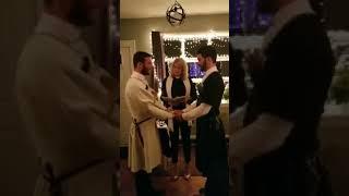 ПОЗОР!Грузинская гей-свадьба в США,в национальных костюмах
