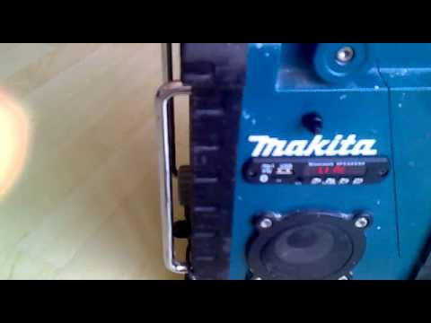 makita radio aufwertung usb tft bluetooth charger handy halterung youtube. Black Bedroom Furniture Sets. Home Design Ideas