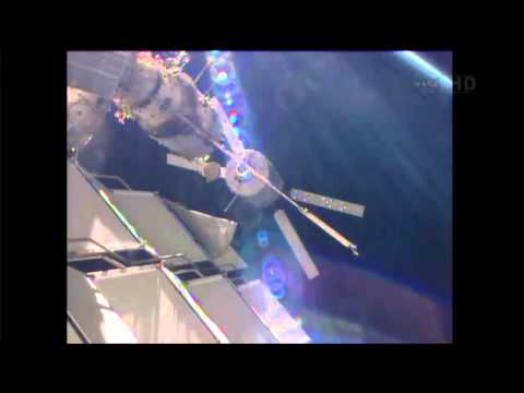 """Docking To ISS Of The ESA Automated Transfer Vehicle 4 """"Albert Einstein"""" ATV 4"""