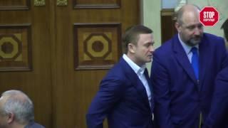 Бандуров під керівництвом Івахіва кнопкодавив для Довгого та Москаленка