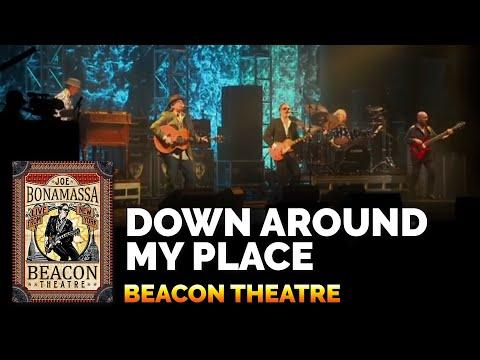 """Joe Bonamassa & John Hiatt: """"Down Around My Place"""" from Beacon Theatre - Live in New York"""